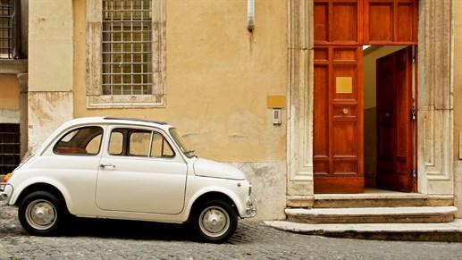 italian matka halvat lennot ja majoitus kilroylta. Black Bedroom Furniture Sets. Home Design Ideas